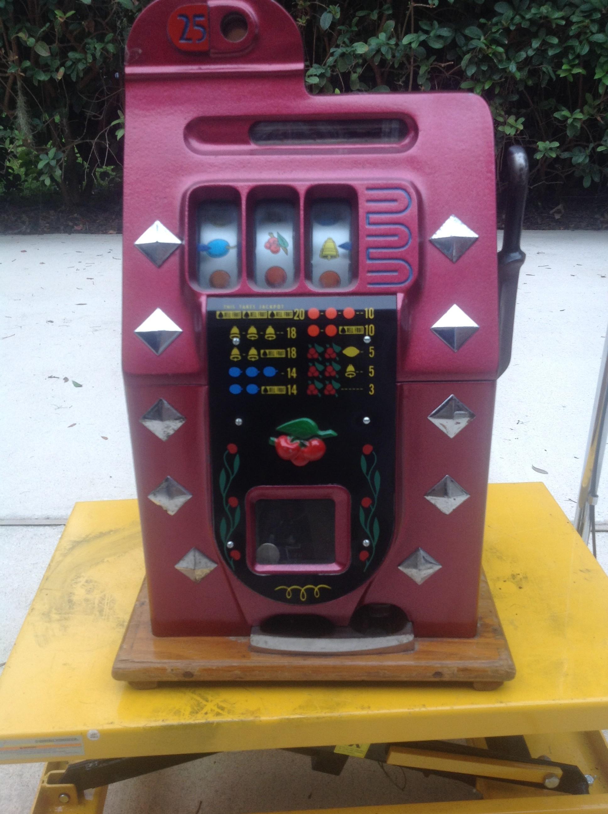 Mills Quarter Slot Machine Gameroom Show