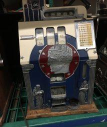 Mill Roman Head 5 cent Antique Slot Machine