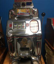 Jennings Nevada Club Chief Dollar Antique Slot Machine