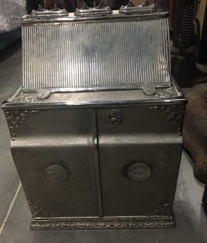 Cast Iron Gambling Token Payout Machine, The Little Horse, Les Petits Chevaux