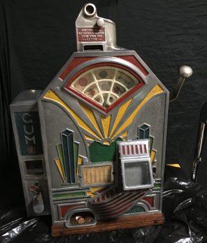 1 cent Little Duke Slot Machine with Gum Vendor