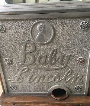 25 cent Watling Baby Lincoln Slot Machine